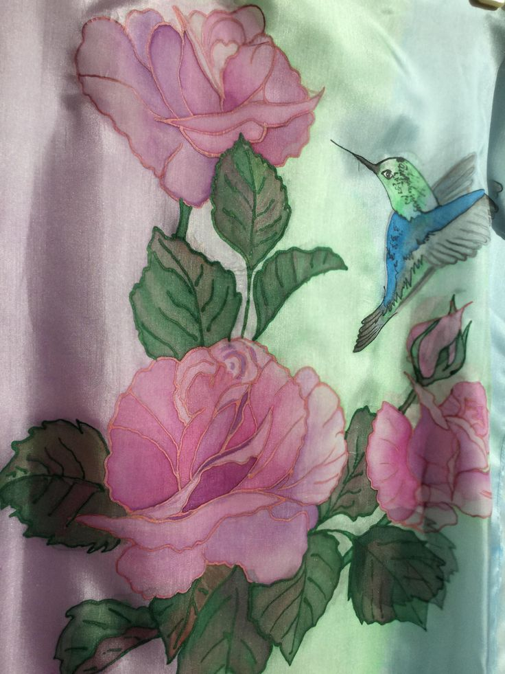 Handpainted scarf with a hummingbird and roses. Made from a 45 by 180 centimeters piece of natural silk. Find more of my works here - https://www.etsy.com/listing/582809529/hummingbird-and-roses