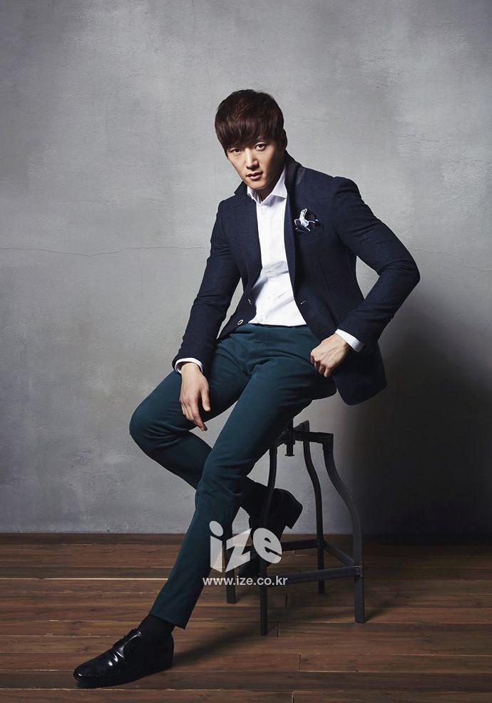 Choi Jin Hyuk For IZE Magazine