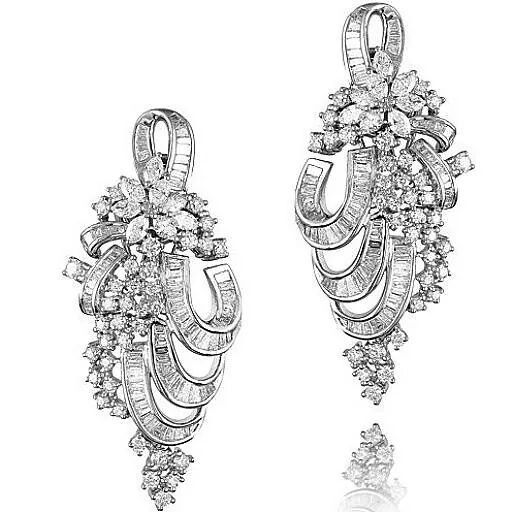 Like blooms in nature. Diamonds forever #farahkhanfinejewellery