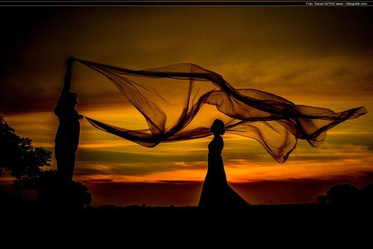 Fotografia ślubna nie musi być nudna – Magia zachodu słońca