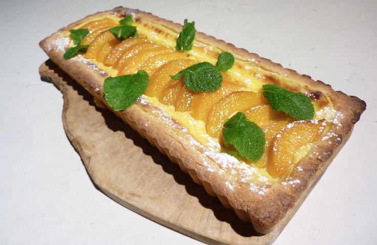crostata di pesche sciroppate http://arredoeconvivio.com/ricette/crostata-con-pesche-sciroppate/