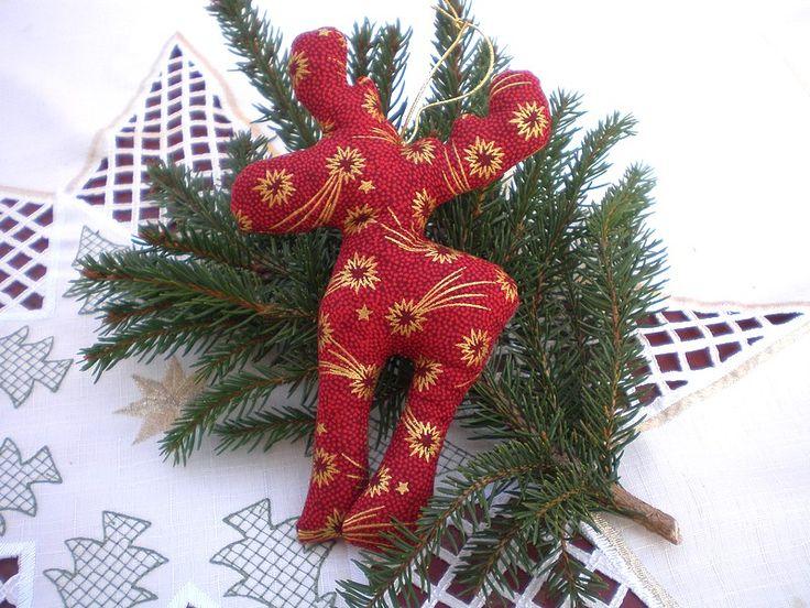 Sobík Vánoční dekorace - sobík. Výška 15cm, plněno dutým vláknem.