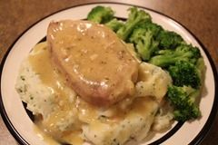 Ranch House Pork Chops with Garlic Parm Mashed Potatoes- got to try this.: Ranch Pork Chops, Crock Pots, Mashed Potatoes, Crock Pot Dinners, House Pork, Dinner Ideas, Ranch Houses, Parm Mashed, Garlic Parm