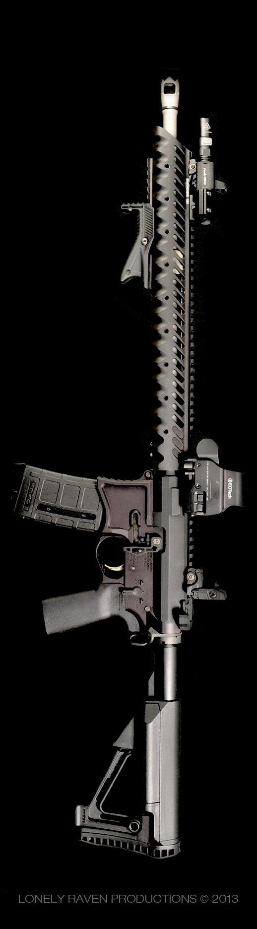 That's a sexy looking gun...n-not that I would ever be attracted to inanimate objects...