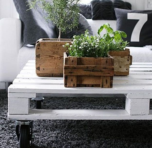 Cute, made out of old pallets