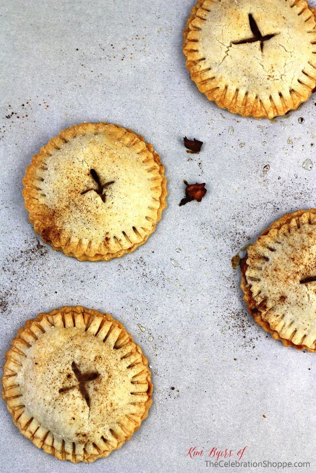 How To Make Hand Apple Pies
