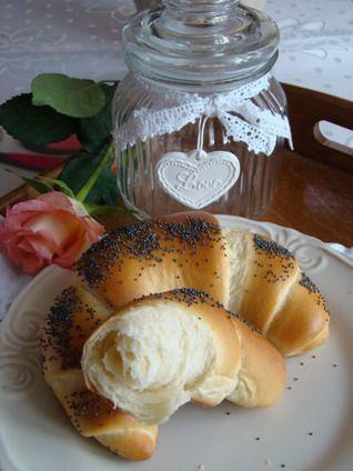 Rogaliki śniadaniowe mleczno - maślane