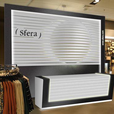 Para el diseño de un nuevo espacio para las tiendas Sfera de El Corte Inglés, creamos un elemento icónico basado en la esfera para dotar de identidad a los muebles diseñados.
