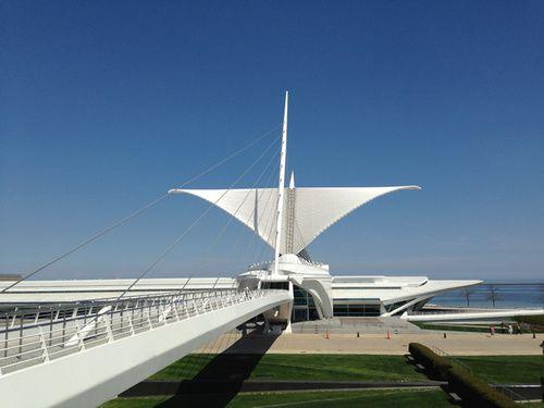 2.Milwaukee Art Museum.jpg