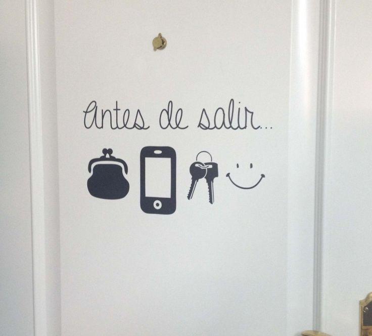 Para alegrar tu dia puedes colocar algo así detrás de la #puerta de tu #habitación :)  #decoracion #hogar