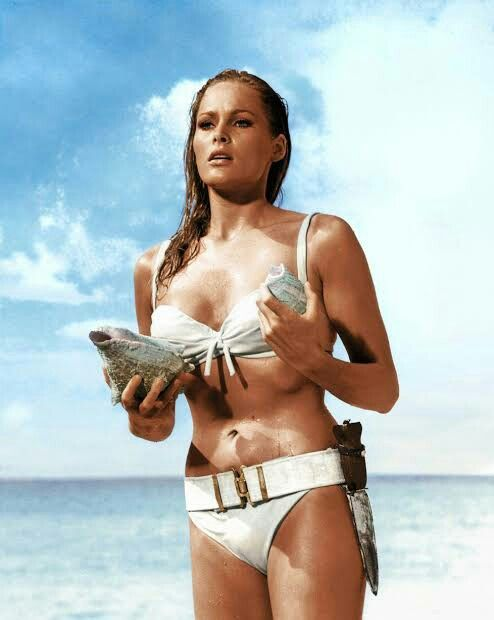 Ursula Andress (Dr. No)