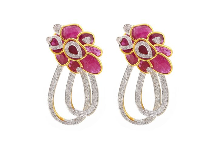 Gorgeous gems and diamonds set in this pair of earrings, equals to a perfect combination of class and elegance! - By Adah #Jewellery #Adah #Gems #Stones #Diamonds #Fashion #Weddings #Indian