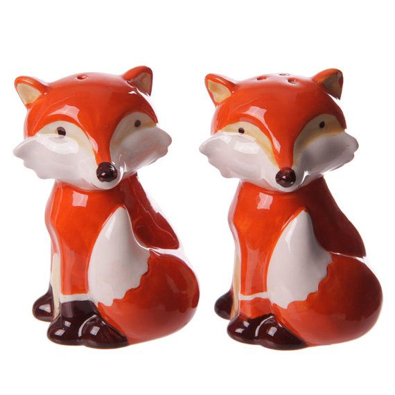 Salt and Pepper Fox Ceramic Table Set shakers Pots by getgiftideas