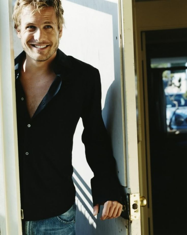 "Gabriel Macht.  Yes yes yes, I fell in love with him in ""because I said so"" my favorite movie<3"
