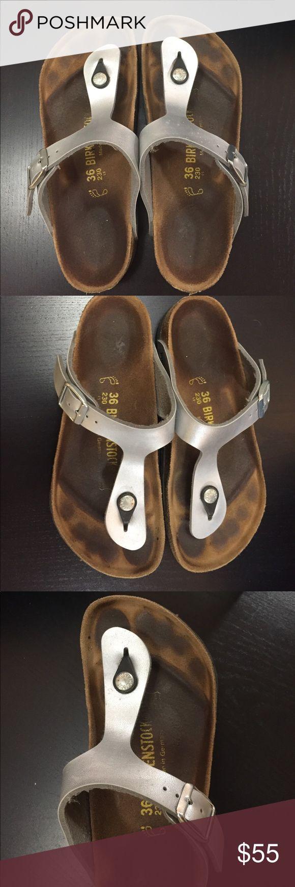 Gently worn Birkenstock Gizeh Sandal Very gently used Birkenstock Gizeh sandals in silver. Very comfy and versatile, perfect for summer. Birkenstock Shoes Sandals
