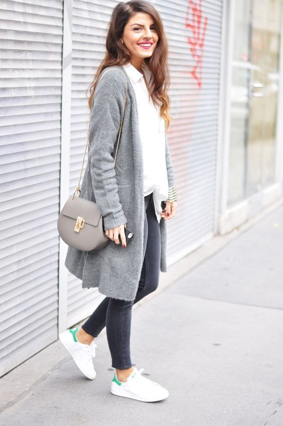 25 casual winter outfits for women #casual #winteroutfit #fashion