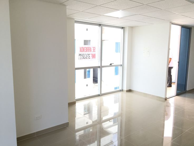 Arriendo local comercial Ibague Tolima Torreón Santa Mónica http://www.colombiablog.info/2017/06/arriendo-locales-oficinas-centro-comercial-arkacentro-ibague-tolima.html
