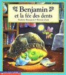 31997000838375 Benjamin et la fée des dents. Benjamin n'a pas de dents. Ses copains vont avoir un cadeau de la fée des dents, pas lui. Il lui écrit donc. Il reçoit une réponse de la fée et un cadeau de ses parents. Maintenant il ne s'inquiète plus des différences car il sait que pour l'essentiel, il est comme les autres. [SDM]