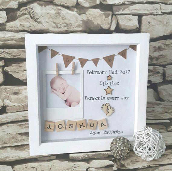 Neues Baby Geschenk, Geschenk für neues Baby, Baby Geburt Geschenk, personalisierte Baby Scrabble Art Frame, neues Baby