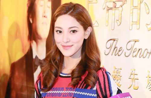 Kevin Cheng and Grace Chan address media questions about the status of their relationship.