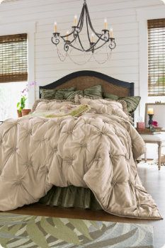 dreamy bed bedroom design Bed Room BedRoom bedroom decor| http://beautiful-dress-7810.blogspot.com