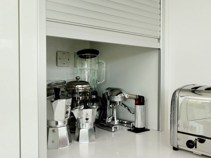 alno roller shutter worktop unit a perfect way to hide clutter easily quickly alno detail. Black Bedroom Furniture Sets. Home Design Ideas