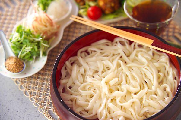 手打ち冷やしうどん[和食/麺料理(そば、うどん等)]2004.06.21公開のレシピです。