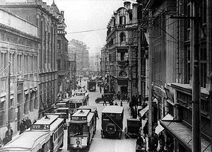 in 1920 Great metropolitan centres dominated the nation with 15% of the entire population. Many saw this as a great sales chances for making money.