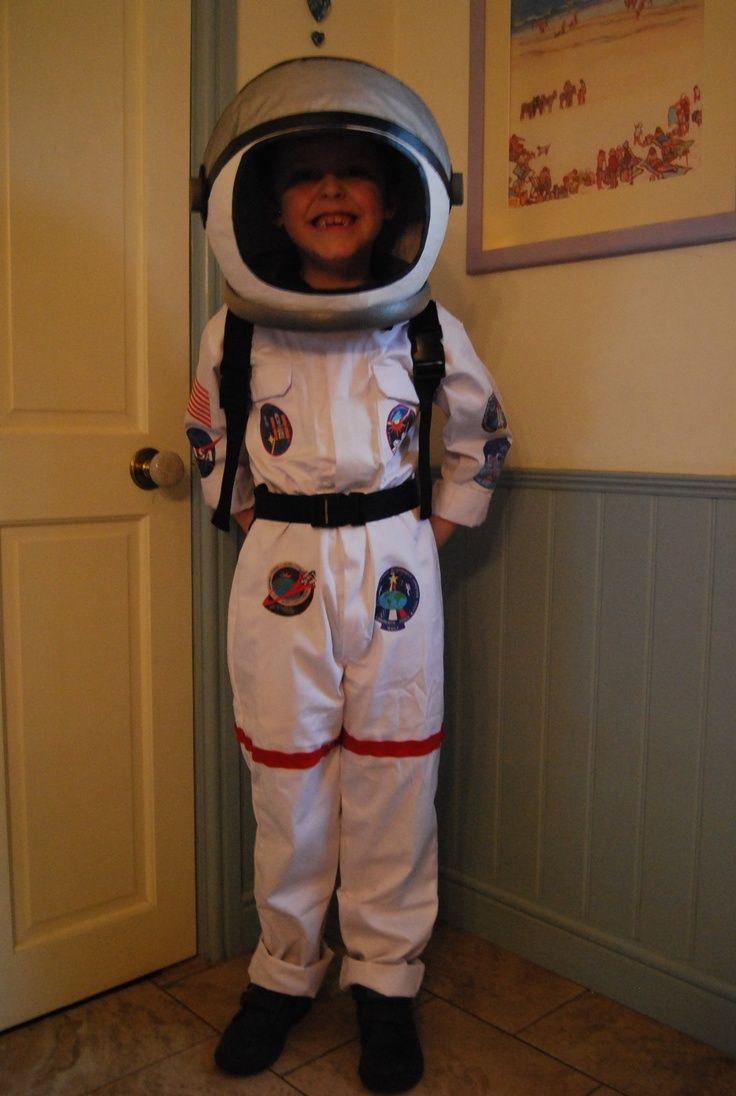 quick homemade astronaut costume -#main