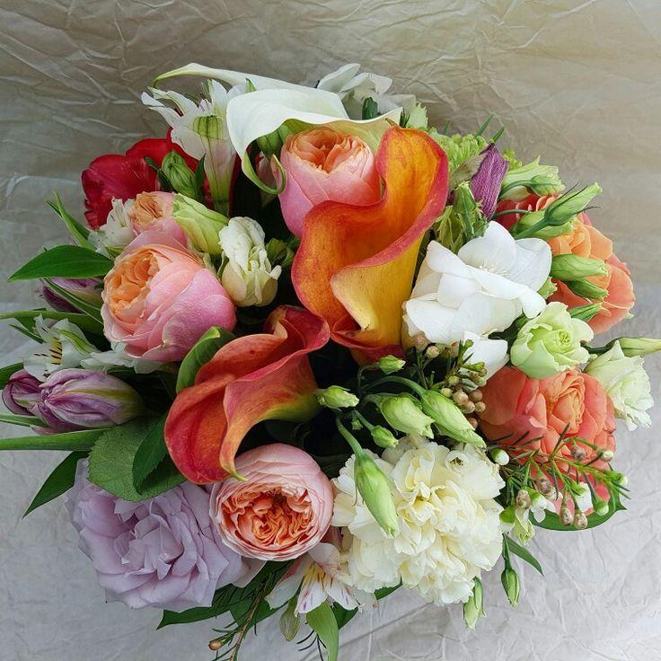 Картинки по запросу свадебные букеты Цветочный микс