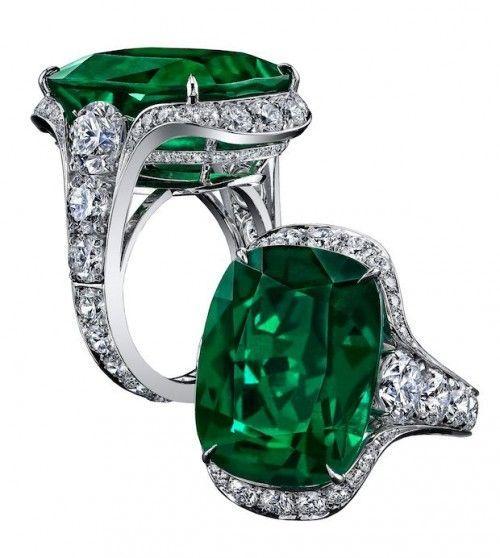 Robert Procop 23.03-carat emerald ring