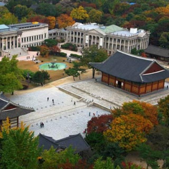 #Deoksugung Palace in South Korea