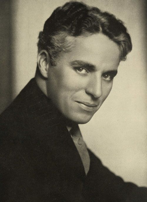"CHARLES SPENCER ""CHARLIE"" CHAPLIN in 1925, 04-16-1889 til 12-25-1977 (88) ENGLISH COMIC ACTOR, FILM MAKER and COMPOSER."