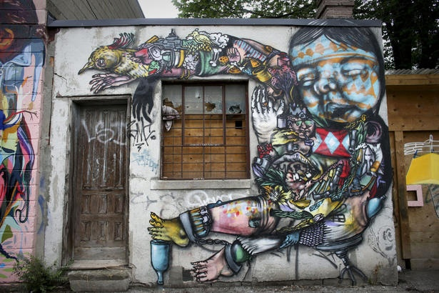 Toronto graffiti artists are turning vandalized garages near Ossington Ave. into brightly coloured murals: Canada Murals, Google, Colour Murals, Street Art, Garage, Grafitti Artists, Artists Create, Toronto Graffiti, Graffiti Artists