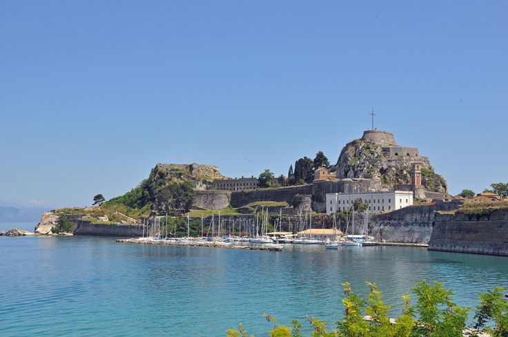 Explore the beauty of #Corfu everywhere around you!