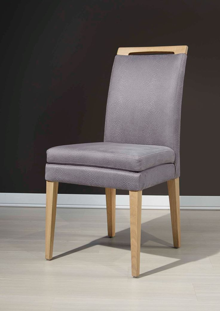 The stylish and comfy chair 6-45 design by Klose