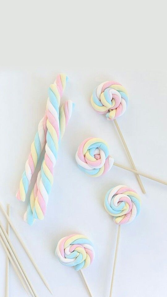 Swirl Marshmallow pops  Recipe :   Pick a long marshmallow  Cut into 10 cm -15 cm ( you may need more or less ) Pick a skewers and start to swirl marshmallow  In the end of your mashmallow , stick it carefully throught the skewers (becarefull not to short sticking because your marshmallow could be lose from the swirl .  Finished   Fun and easy to make   Hope you like it