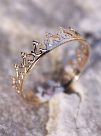 14K Solid Gold Crown Ring Princess Ring