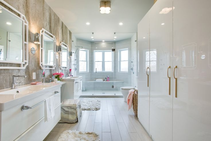 Home To Win - Tour the Master Bathroom; pictures and galleries of the exclusively renovated and designed rooms.