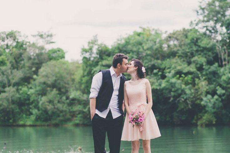 O ensaio que virou um pedido de casamento surpresa: Greice & Vinicius | Blog do Casamento http://www.blogdocasamento.com.br/o-ensaio-que-virou-um-pedido-de-casamento-surpresa-greice-e-vinicius/