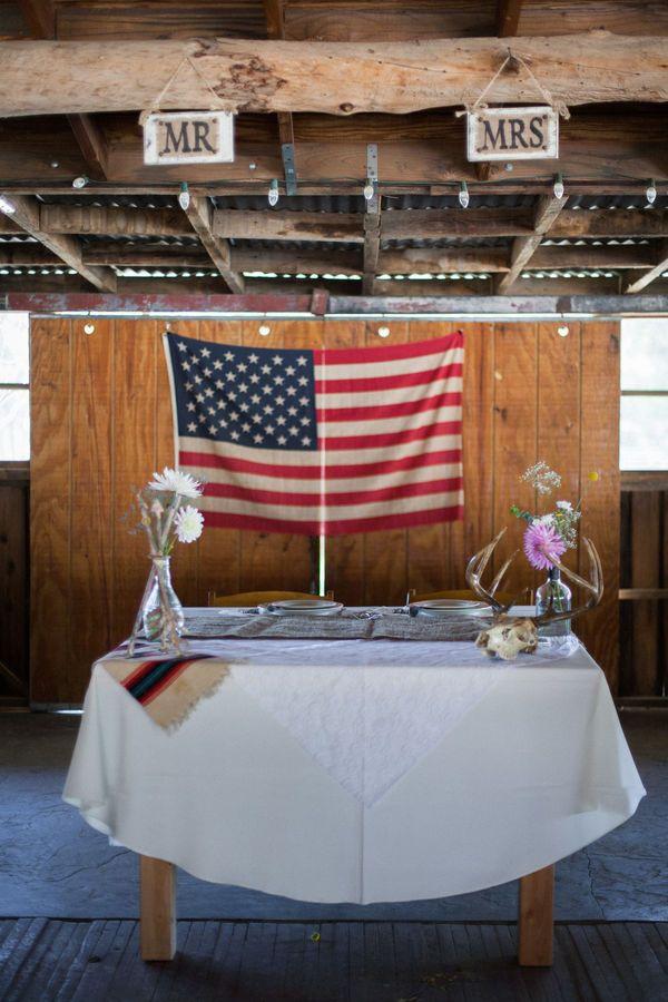 10 americana wedding ideas grooms tablerustic