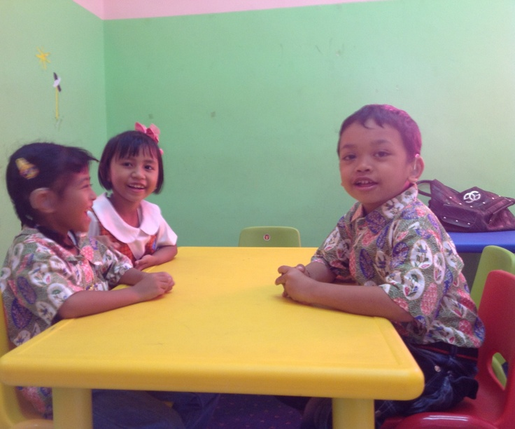 Children at Swara Swari preschool... They have new  uniforms!