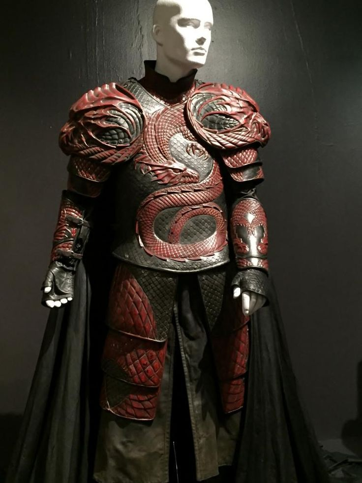 Dracula Untold The Costumes