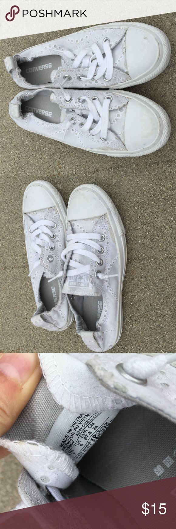 Converse chuck Taylor no lace sneakers Cute white chuck Taylor converse sneakers with eyelet lace details. No need to tie the laces. Great condition, only worn a couple of times. Converse Shoes Sneakers