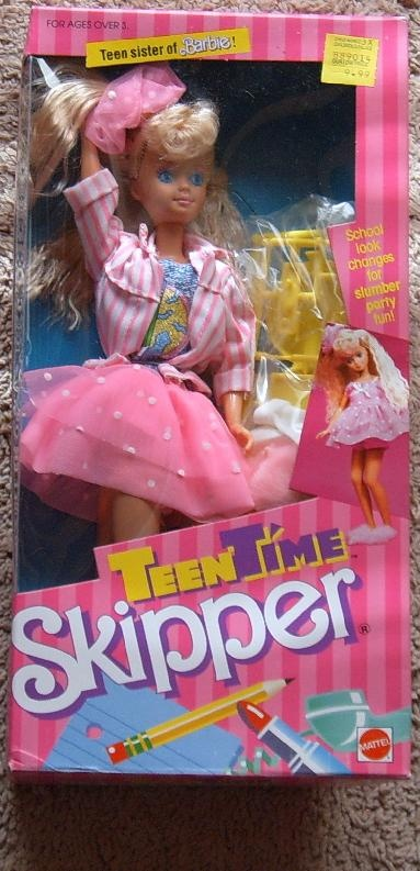 Played with Skipper, Barbie, Mitch, Ken, Jem, tons of barbie dolls!!