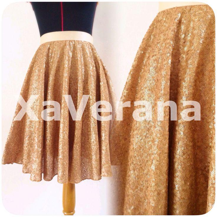 Gold sequin skirt With hijet interlining  Ready S Lingkar pinggang 66-68 Panjang 50  M Lingkar pinggang 70-72 Panjang 50  IDR 418.000
