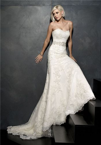 Scalloped neckline lace wedding gown with swarovski-beaded belt // 1530 from Kenneth Winston