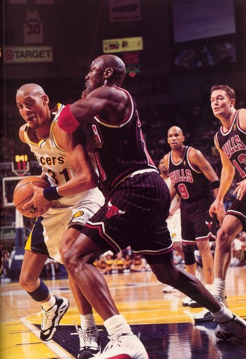 sports shoes fdf6c b419e Reggie vs. Michael | Michael Air Jordan Pictures | Bulls ...