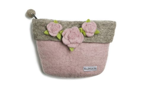 A lovely and special #purse #handmade with #beautiful #flowers on the front. - $27.99