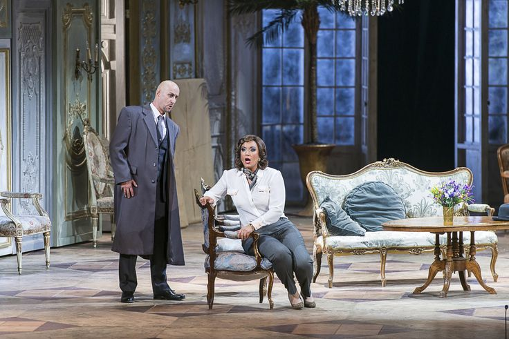 Iordache Basalic (Giorgio Germont) şi Siphiwe McKenzie (Violetta)